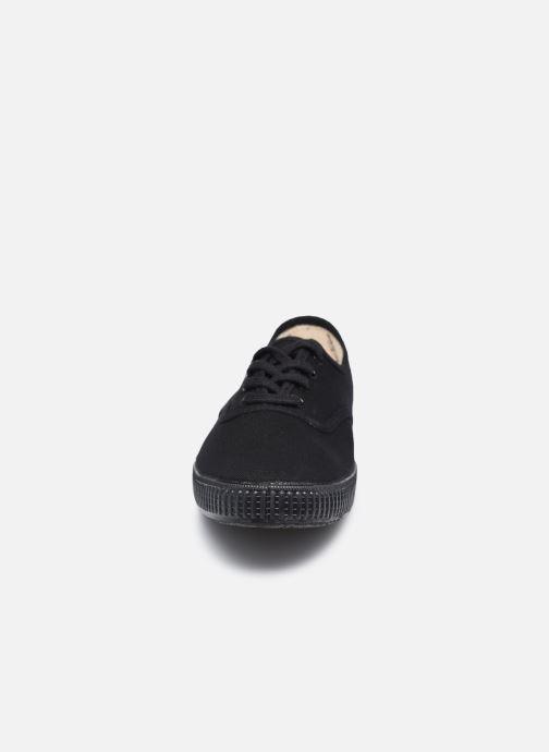 Sneakers Victoria Inglesa Lona Piso W Nero modello indossato