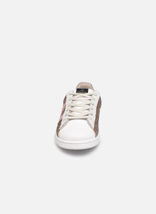 Sneaker Victoria Tenis Glitter Combinado beige schuhe getragen