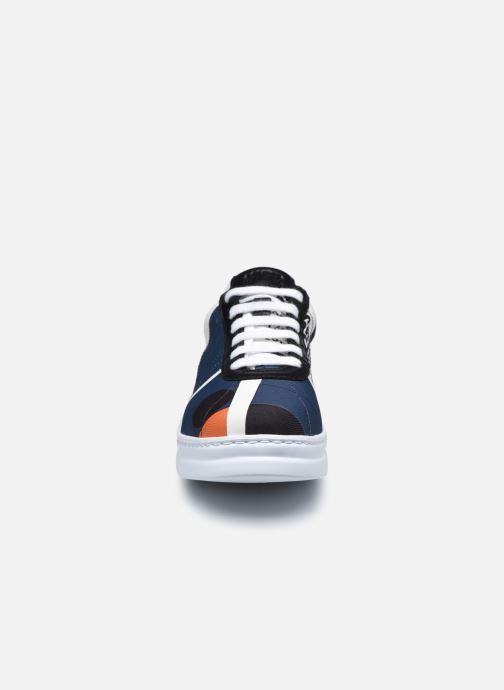 Sneakers Camper TWS K201115 Multicolore modello indossato
