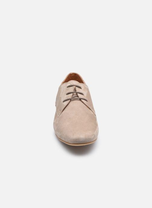 Chaussures à lacets Georgia Rose Aline Beige vue portées chaussures