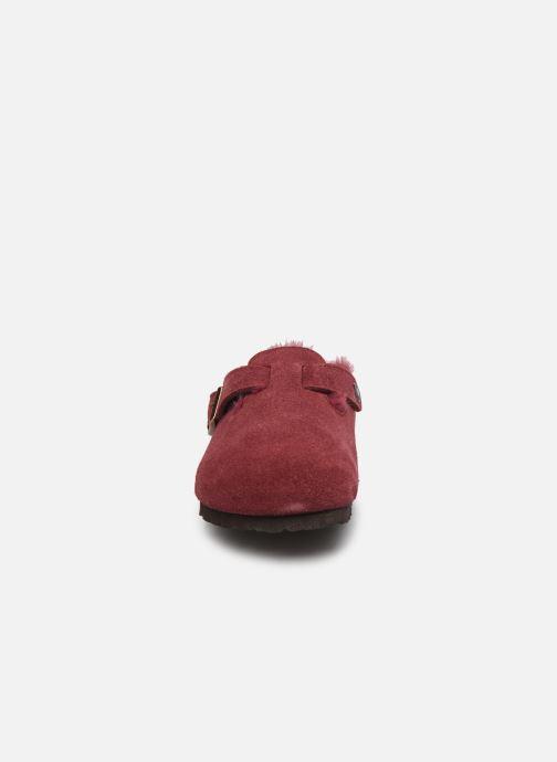 Pantofole Birkenstock Boston Vernis W Bordò modello indossato