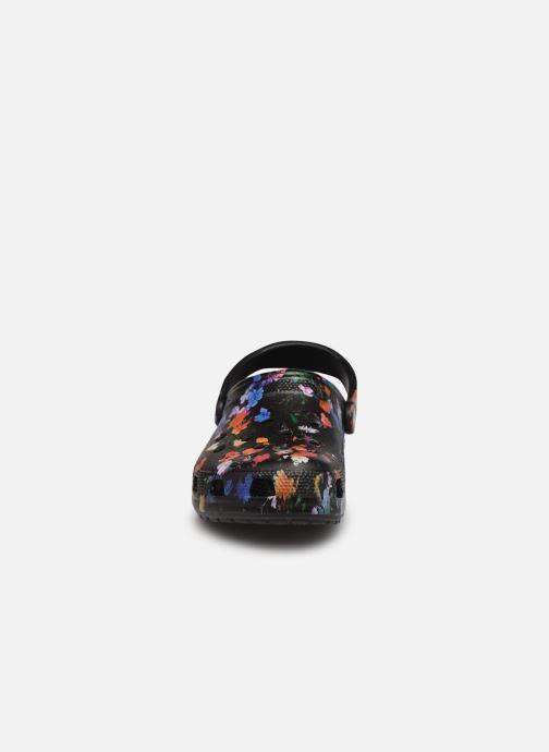 Clogs & Pantoletten Crocs Classic Printed Floral Clog schwarz schuhe getragen