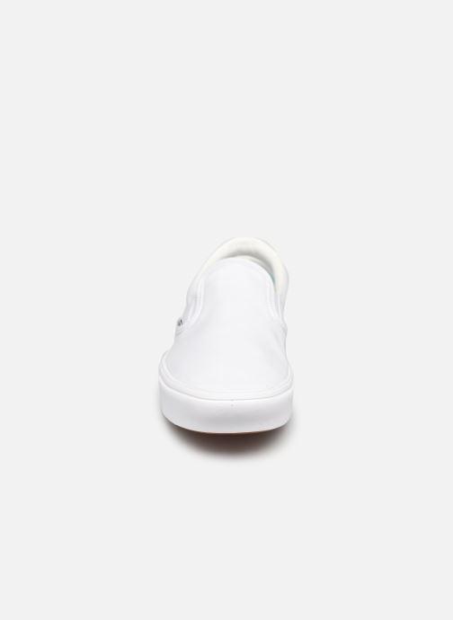 Sneaker Vans UA ComfyCush Slip-On W weiß schuhe getragen