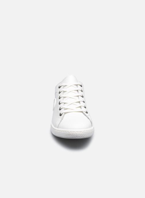 Sneaker Pataugas JAYO F2E N weiß schuhe getragen