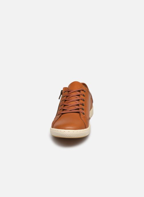 Baskets Pataugas JESTER/H F2G N Marron vue portées chaussures