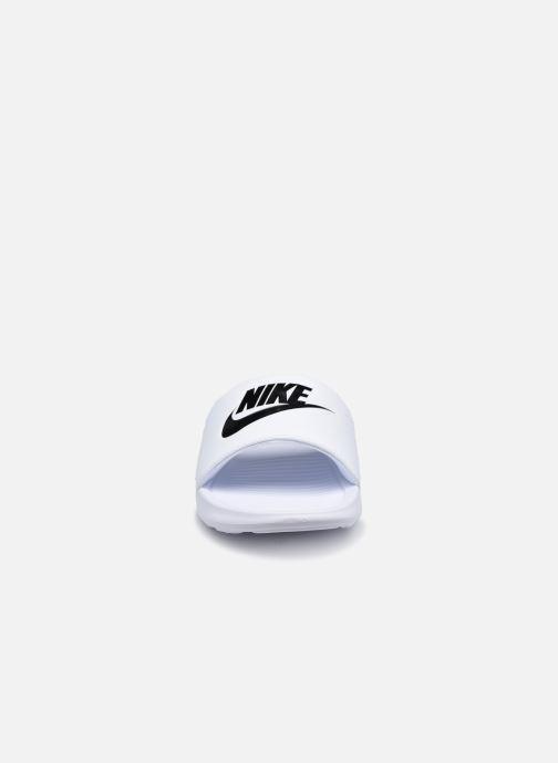 Sandali e scarpe aperte Nike Nike Victori One Slide Bianco modello indossato