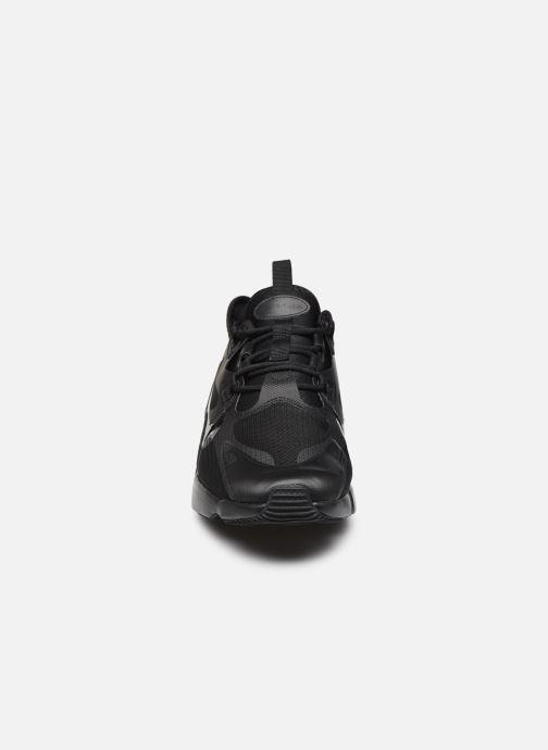 Baskets Nike Nike Air Max Infinity 2 Noir vue portées chaussures