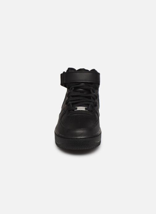 Sneaker Nike Air Force 1 Mid '07 schwarz schuhe getragen