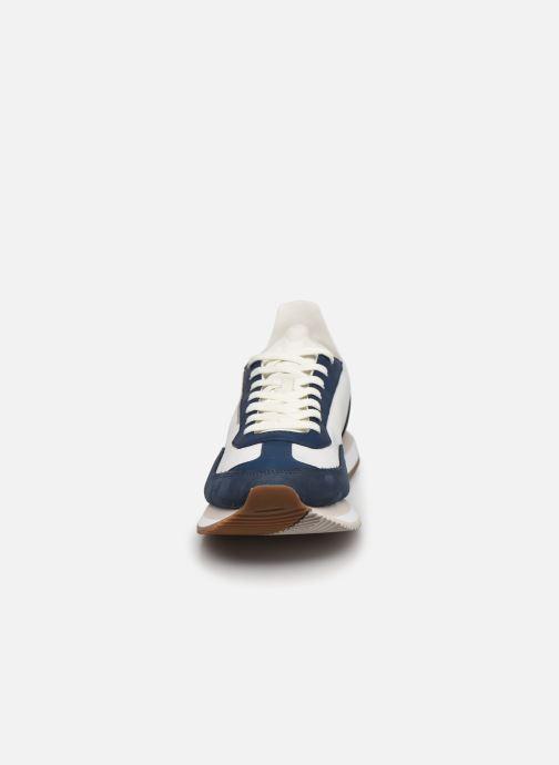 Baskets Lacoste Match Break 0721 1 G Sma M Blanc vue portées chaussures