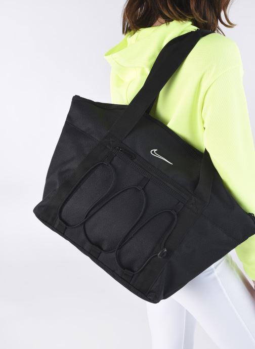 Handtaschen Nike W Nk One Tote schwarz ansicht von unten / tasche getragen