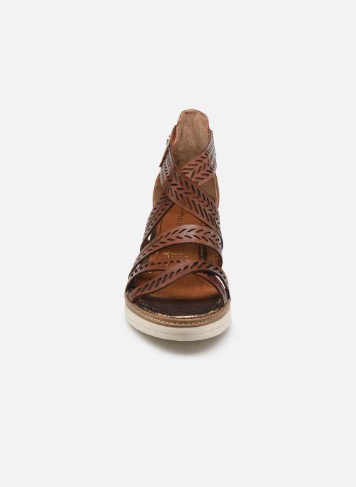Sandales et nu-pieds Tamaris Dolcea Marron vue portées chaussures