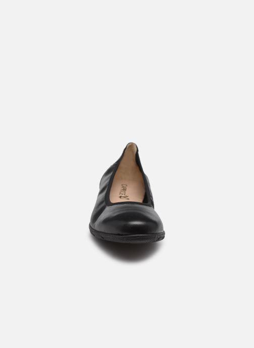 Ballerines Caprice Basva Noir vue portées chaussures