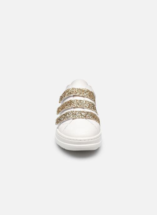 Sneakers Geox D PONTOISE C Bianco modello indossato
