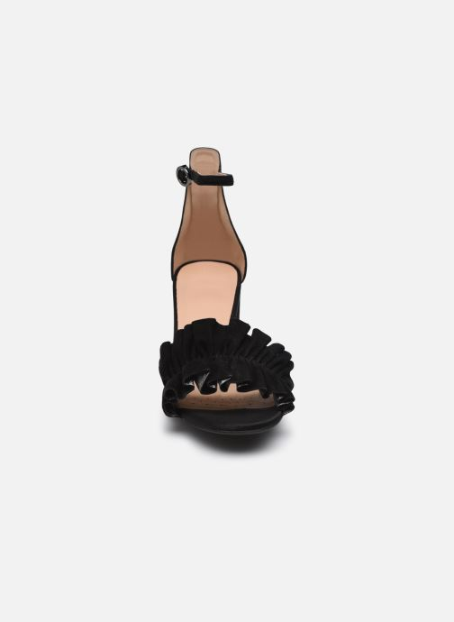 Sandalen Geox D ERAKLIA HIGH E schwarz schuhe getragen