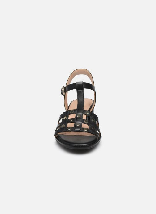 Sandali e scarpe aperte Geox D SOZY MID B Nero modello indossato