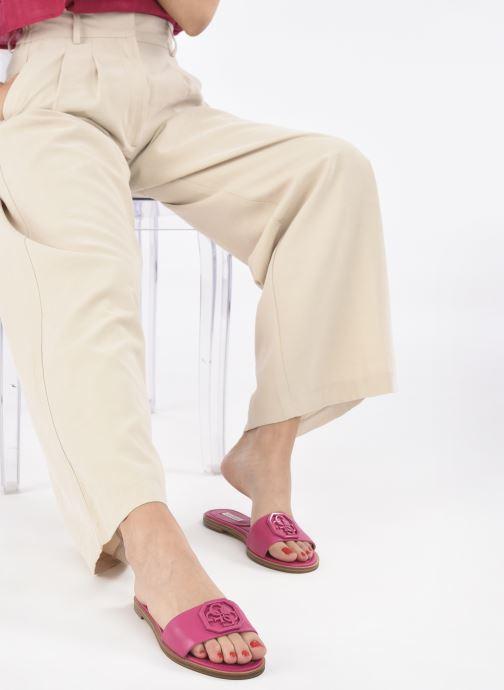 Clogs & Pantoletten Guess BOTALI rosa ansicht von unten / tasche getragen