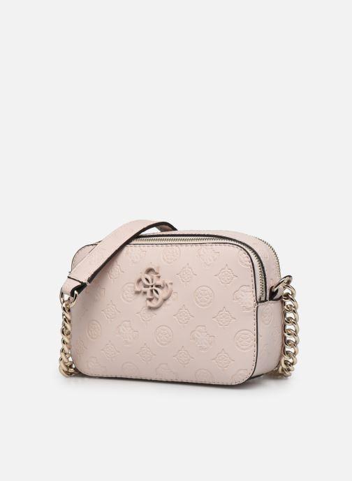 Borse Guess NOELLE CROSSBODY CAMERA Rosa modello indossato