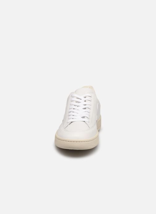Baskets Veja V-12 M Blanc vue portées chaussures