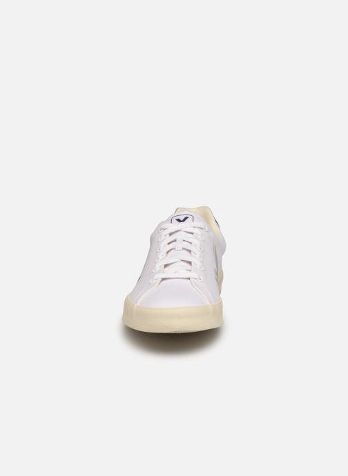 Sneakers Veja Esplar se M Bianco modello indossato