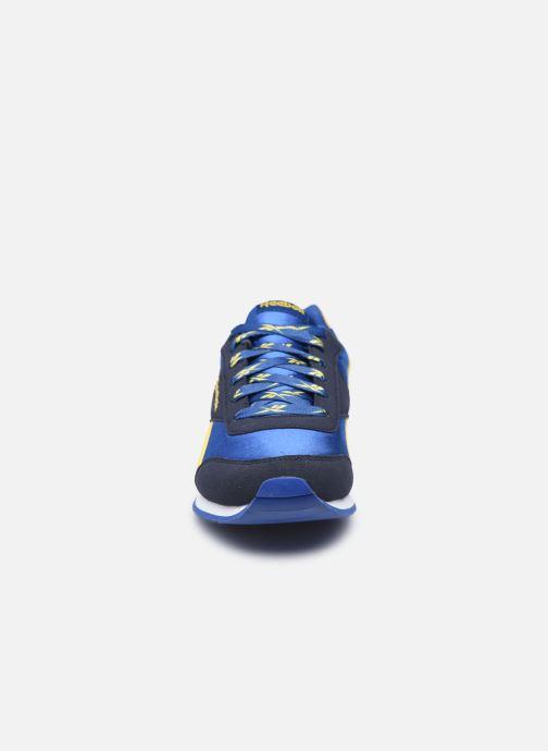 Sneakers Reebok Reebok Royal Cljog Azzurro modello indossato