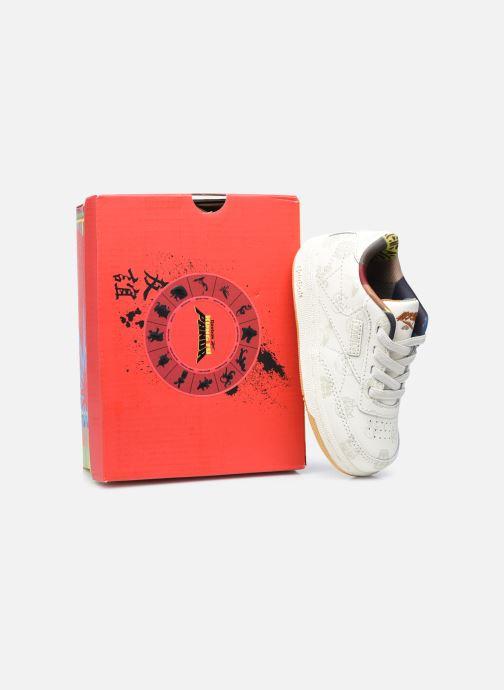 Baskets Reebok Club C 85 x Kung Fu Panda kid Beige vue 3/4