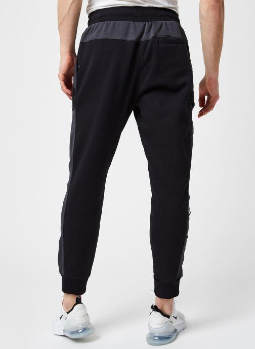 Vêtements Nike M Nsw Nike Air Fleece Jggr Noir vue portées chaussures
