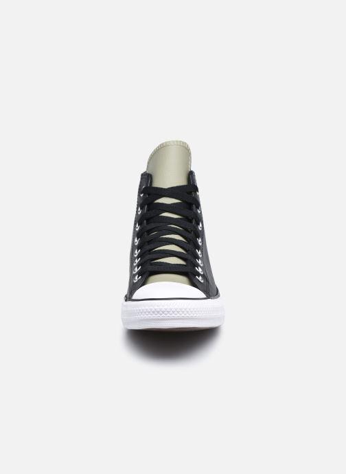 Sneakers Converse Chuck Taylor All Star Digital Terrain- Synthetic Leather Hi Nero modello indossato