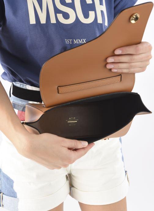 Handtaschen ATP Atelier Arezzo beige ansicht von hinten