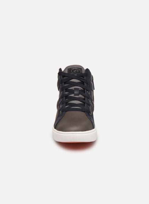 Sneaker UGG Boscoe Sneaker Leather braun schuhe getragen