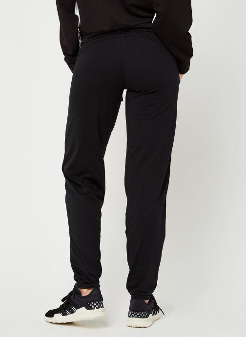 Vêtements Puma Perma W St Ess Danc Pant Noir vue portées chaussures