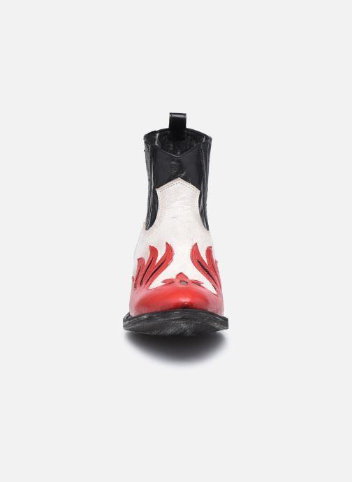 Botines  Mexicana Dandy Rojo vista del modelo