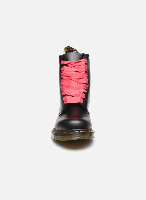 Bottines et boots Dr. Martens 1460 HK+F Noir vue portées chaussures