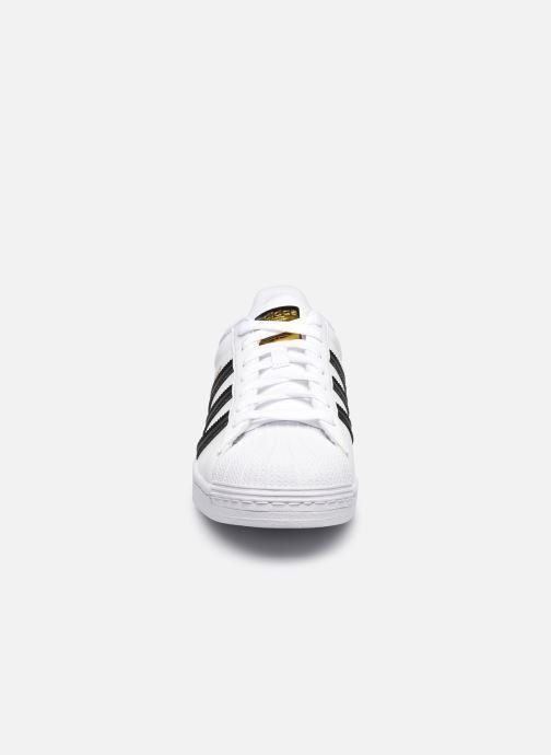 Sneaker adidas originals Superstar Vegan M weiß schuhe getragen