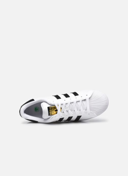 Sneaker adidas originals Superstar Vegan M weiß ansicht von links