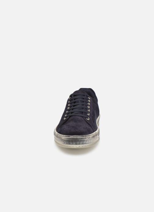 Baskets Base London NEON Bleu vue portées chaussures