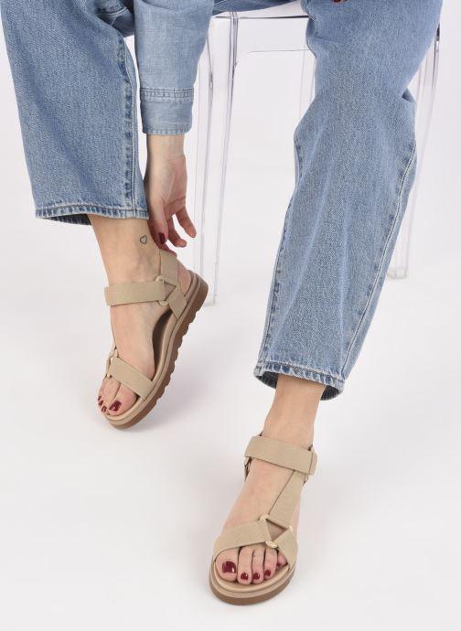 Sandalen Made by SARENZA Minimal Summer Sandales plates #1 beige ansicht von unten / tasche getragen