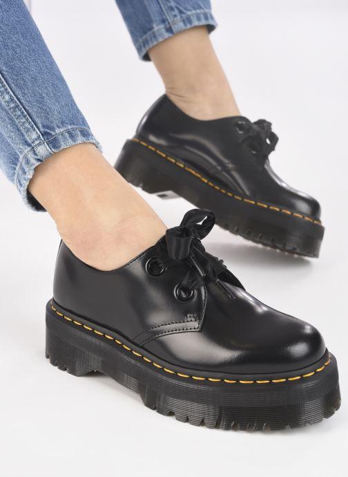 Chaussures à lacets Dr. Martens Holly Black Buttero Noir vue bas / vue portée sac