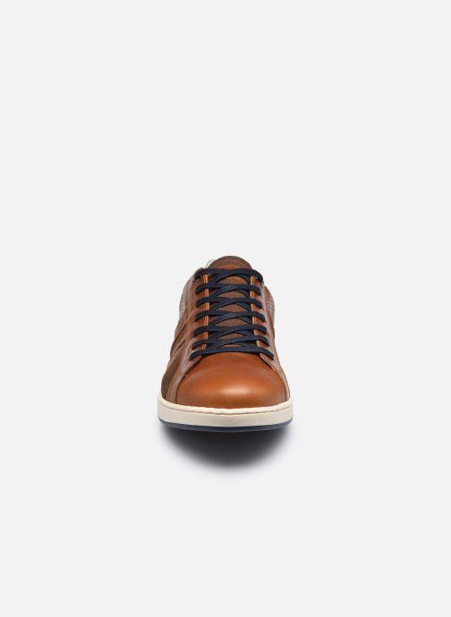 Sneaker Bullboxer 758K26774BP2CGSU00 braun schuhe getragen