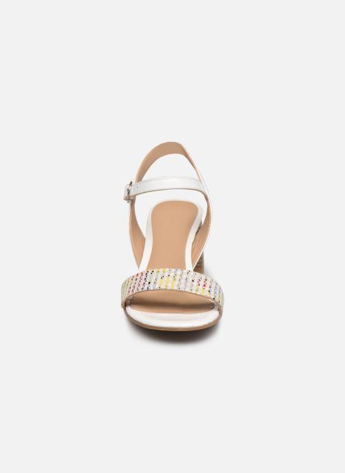 Sandales et nu-pieds Perlato 11806 Blanc vue portées chaussures