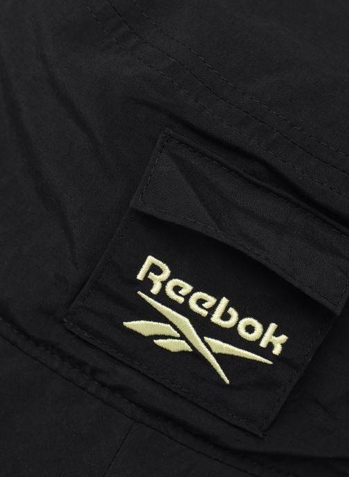 Cappello Reebok Cl  S Retreat Bucket Hat Nero modello indossato
