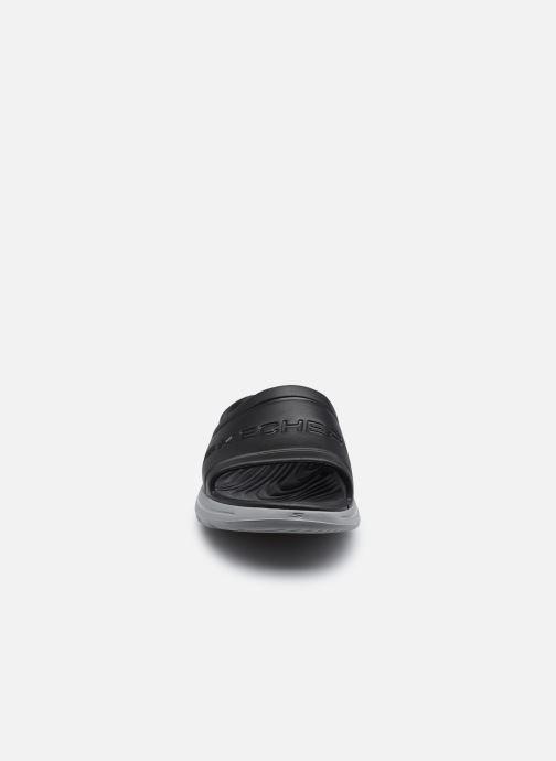 Sandalen Skechers GO WALK 5 M schwarz schuhe getragen