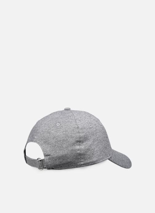 Kappe New Era Jersey Essential 9Forty grau schuhe getragen