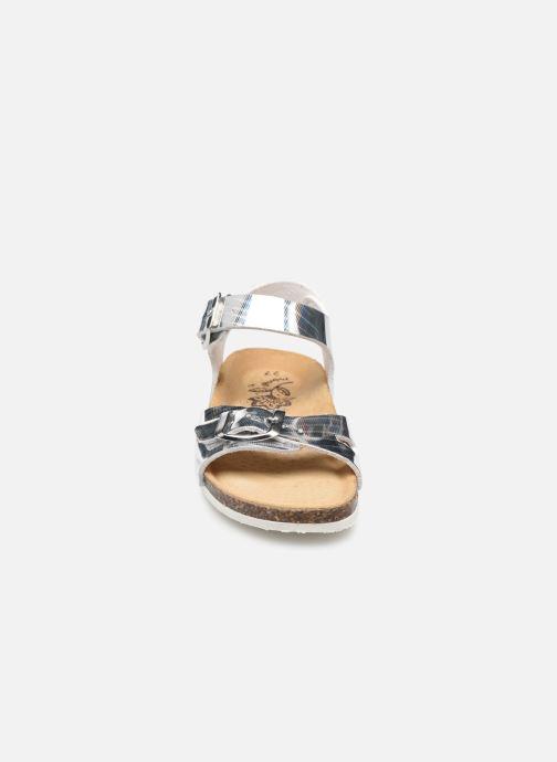 Sandali e scarpe aperte Primigi Birky 74291 Argento modello indossato