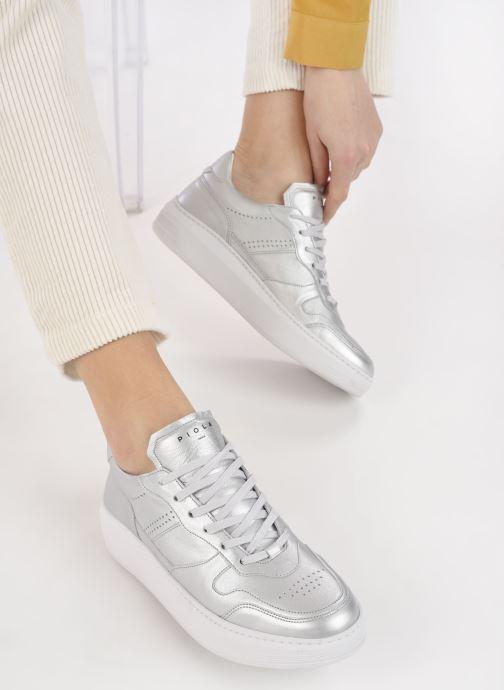 Sneaker Piola Cayma W silber ansicht von unten / tasche getragen