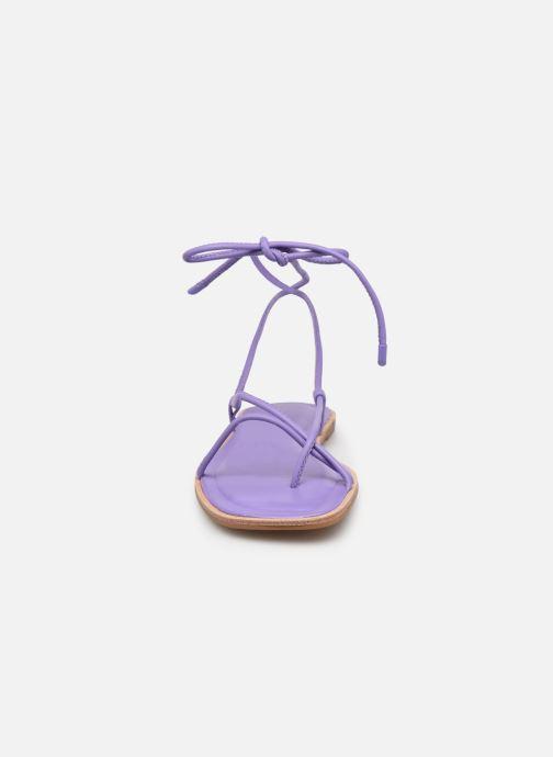 Sandali e scarpe aperte Aldo ADRAVIA Viola modello indossato