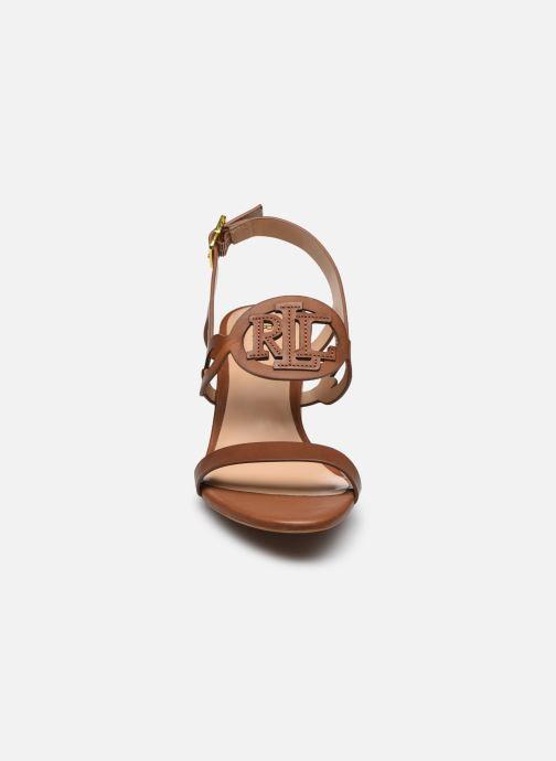 Sandali e scarpe aperte Lauren Ralph Lauren AMILEA-SANDALS-CASUAL WEDGE Marrone modello indossato