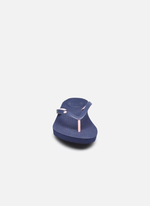 Zehensandalen Isotoner Tong Everywear unie W blau schuhe getragen