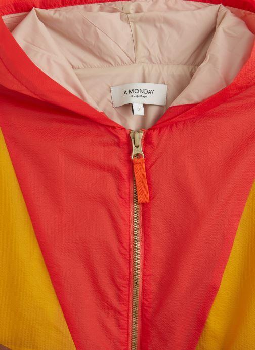 Vêtements A Monday In Copenhagen  Mio Anorak Multicolore vue portées chaussures