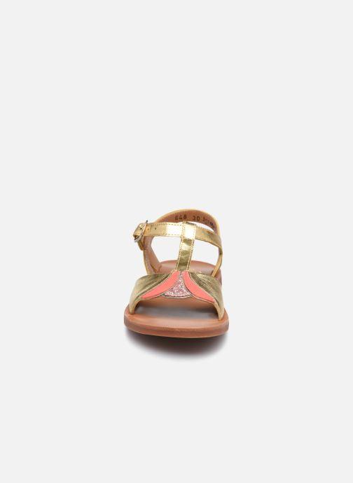 Sandali e scarpe aperte Pom d Api Plagette Art Oro e bronzo modello indossato