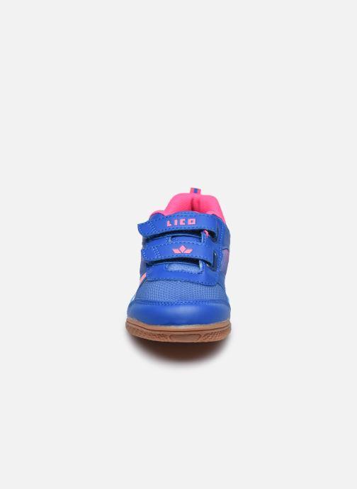 Sneakers Lico Charlie V Viola modello indossato